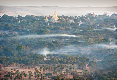 View of temples and pagodas of Bagan taken from a balloon. In the background, the Irrawady River,  @ Birgit Neiser