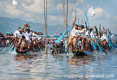Boat race on Inle Lake during Phaung Daw U Pagoda Festival @ Birgit Neiser