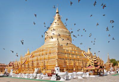 """Shwezigon Pagoda in Bagan. Shwe means """"golden"""" in Burmese @ Birgit Neiser"""